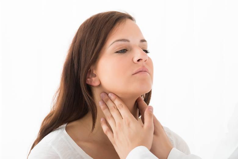 Rośnie liczba zachorowań na Hashimoto, czyli autoimmunologiczne zapalenie tarczycy. To najczęściej występująca choroba z autoagresji, która dotyka zwłaszcza