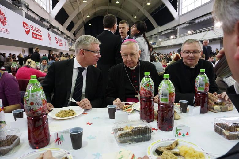 W 2015 r. doszło do spotkania prezydenta Jacka Jaśkowiaka z arcybiskupem Stanisławem Gądeckim. Prezydent zapowiedział też, że przygotuje listę tematów