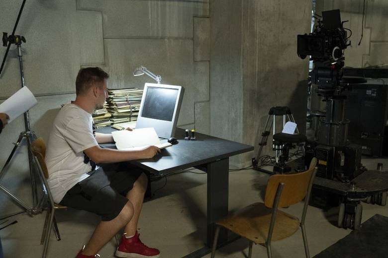 """""""1983"""". Byliśmy na planie nowego serialu Netflixa! To pierwszy polski serial światowej klasy?"""