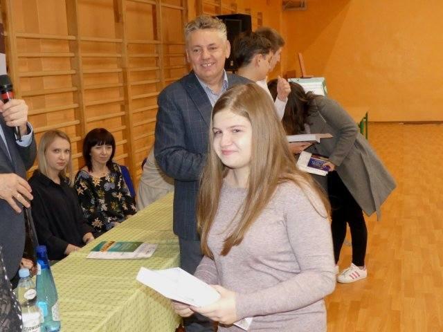 Aleksandra Bień i Natalia Regulska to Białobrzeskie Mistrzynie Ortografii