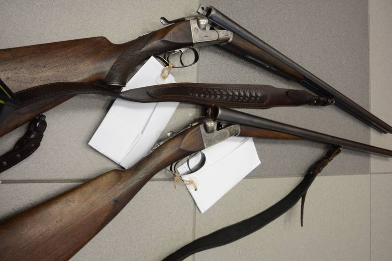 W miniony poniedziałek wysokomazowiecka policja ustaliła, że jeden z mieszkańców gminy Ciechanowiec może posiadać nielegalną broń i amunicję.