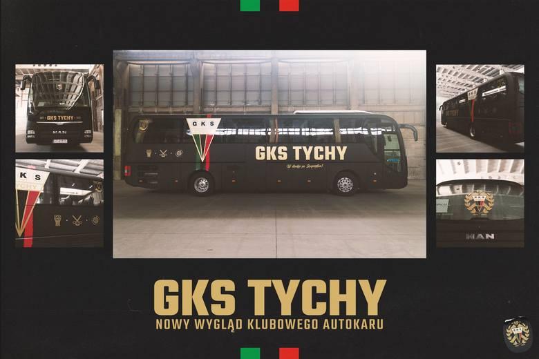 Luty 2021. Autokar GKS-u Tychy w nowej wersji.  Zobacz kolejne zdjęcia. Przesuwaj zdjęcia w prawo - naciśnij strzałkę lub przycisk NASTĘPNE