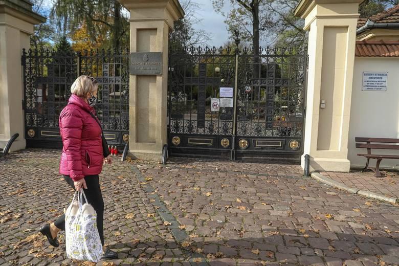 O zamknięciu cmentarzy dowiedzieliśmy się w piątek w godzinach popołudniowych.