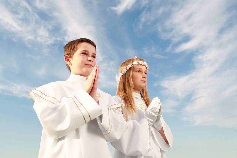 6671a7940b Pierwsza Komunia Święta to wielki dzień dla dzieci. Życzenia dla nich muszą  być dobrze przemyślane i uroczyste