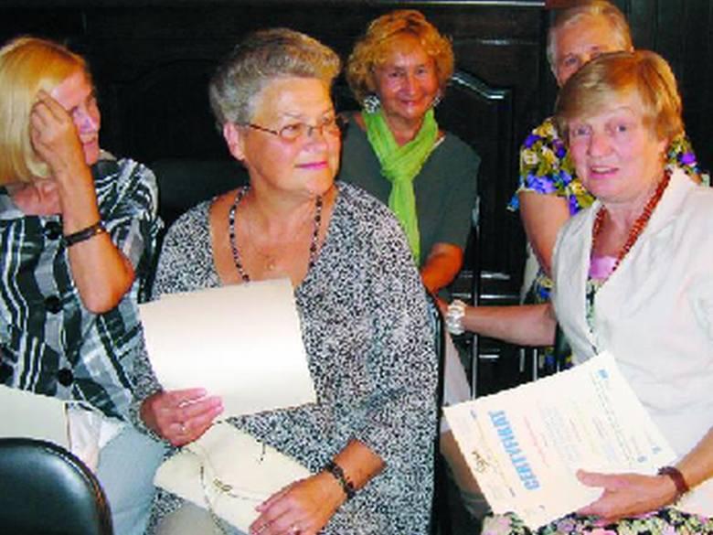 Podczas konferencji podsumowującej projekt jego uczestnicy otrzymali certyfikaty