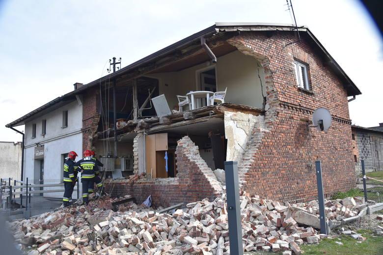 Wybuch gazu w Bełku. Poszkodowany chłopiec został zabrany przez śmigłowiec