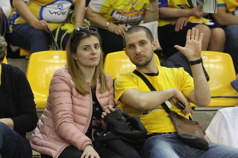 W rewanżowym meczu 1/8 Ligi Mistrzów piłkarzy ręcznych, PGE VIVE pokonało w Hali Legionów ukraiński Motor Zaporoże 34:29 i awansowało do 1/4 finału rozgrywek.