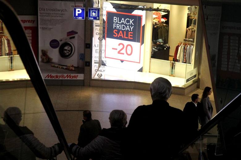Black Friday 2017 w sklepach sportowych. Promocje w DECATHLON ... f6dd4cfdbff