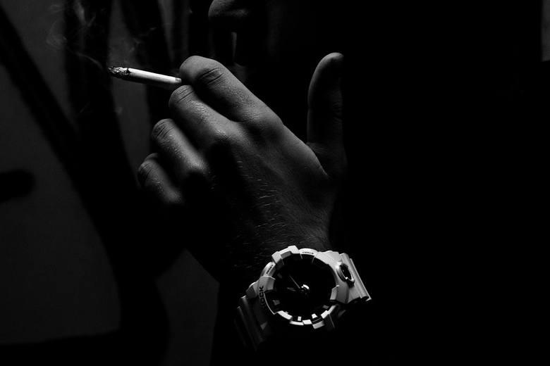 Do Ministerstwa Zdrowia trafiła propozycja wprowadzenia zakazu palenia w samochodzie, jeśli pasażerami są osoby do lat 18.Aby przejść do kolejnego zdjęcia