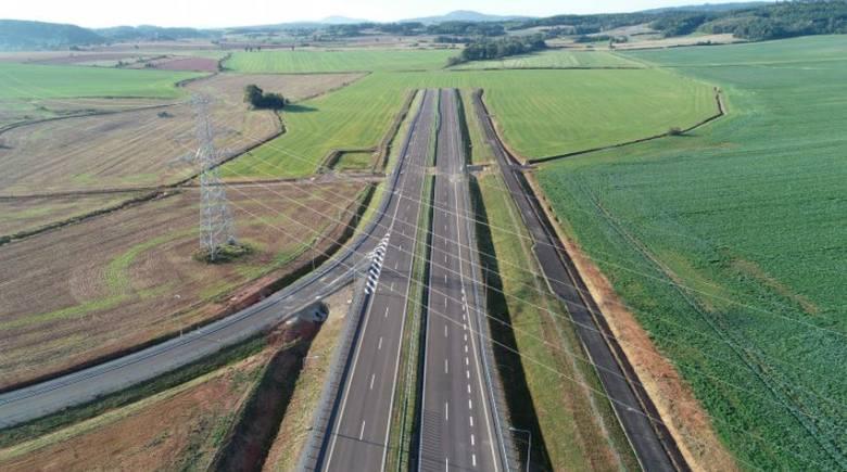 Jest zielone światło dla budowy ostatniego odcinka drogi ekspresowej S3 od Kamiennej Góry do Lubawki na granicy z Czechami. Jarosław Obremski Wojewoda