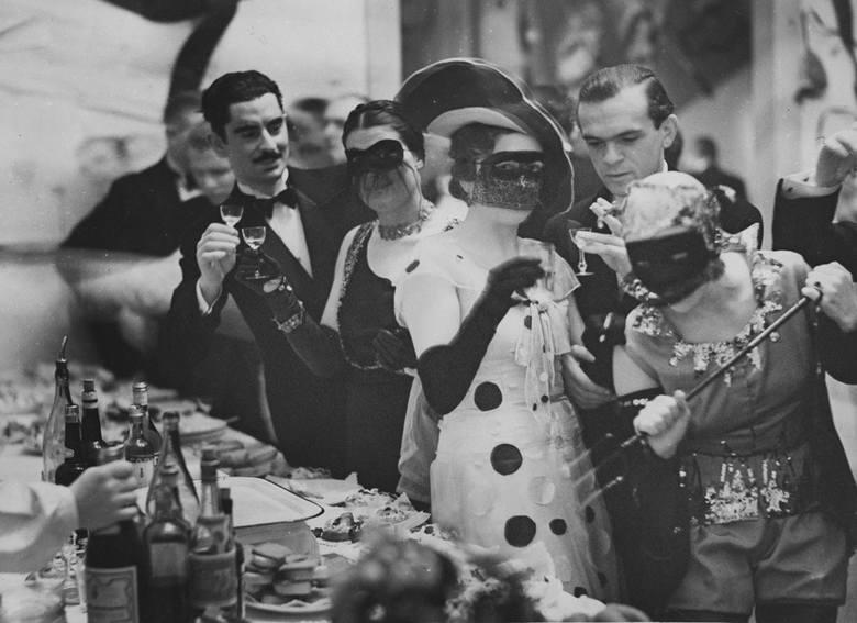 Bal maskowy w Akademii Sztuk Pięknych, Warszawa, 11 stycznia 1936 roku<br />