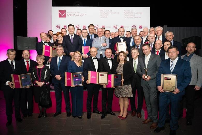 """""""Przedsiębiorstwo Fair Play"""" to certyfikat, który już od 20 lat wzmacnia wizerunek polskich przedsiębiorstw oraz buduje zaufanie do firm, ułatwiając"""