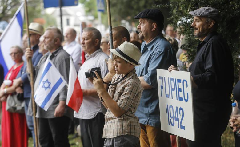 W niedzielę ulicami Rzeszowa przeszedł XVII Marsz Żywych upamiętniający 77. rocznicę likwidacji rzeszowskiego getta żydowskiego.Zobacz też: Ocalały z