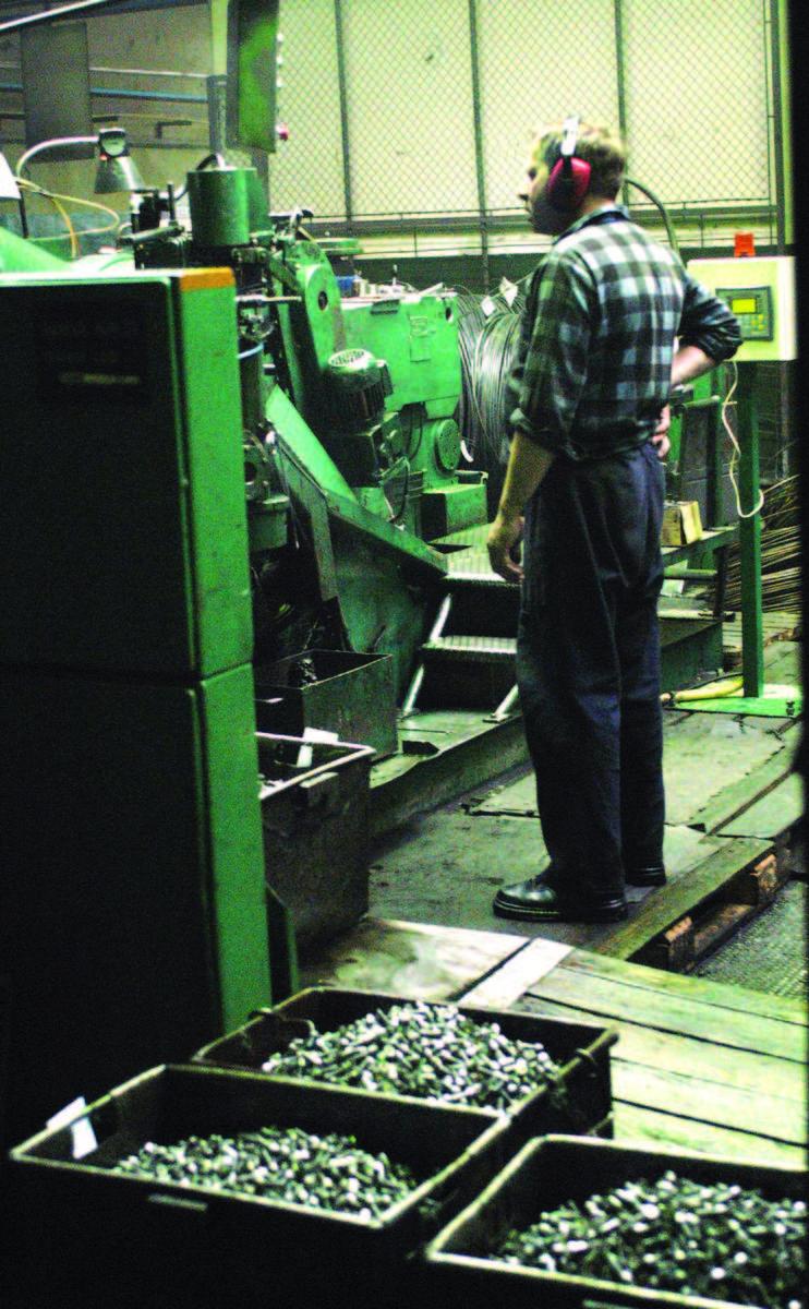 Śrubex, największy w kraju producent śrub, nakrętek i wkrętów, zatrudnia obecnie ok. 640 osób.