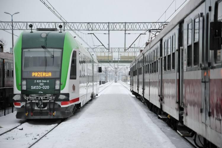 Strajk na kolei. Związkowcy zatrzymali pociągi (zdjęcia)