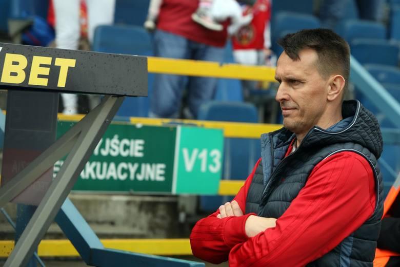 Duet trenerski Leszek Ojrzyński-Patryk Kniat jest sprawcą jednej z największych klęsk Lecha Poznań w ostatnich latach.