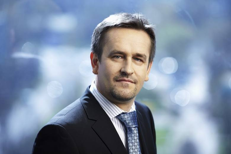 Krzysztof Izdebski, zarządzający funduszami