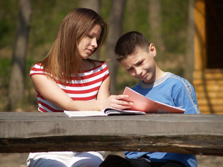 Dzieci reemigrantów mają problemy w szkołach