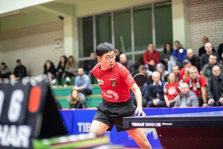 Wang Zeng Yi to w tej chwili jeden z najlepszych tenisistów stołowych Lotto Superligi