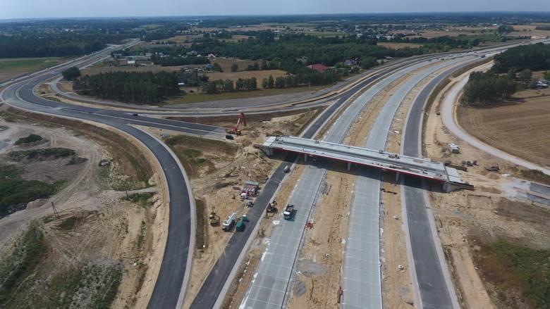 Budowa S5. Zaawansowanie wszystkich prac na północnym odcinku obwodnicy Bydgoszczy szacowane jest na 75 procent. Kierowcy korzystają już z pierwszych