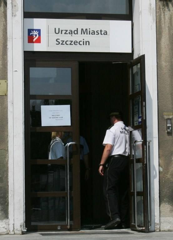 Ewakuacja Urzędu Miasta Szczecin