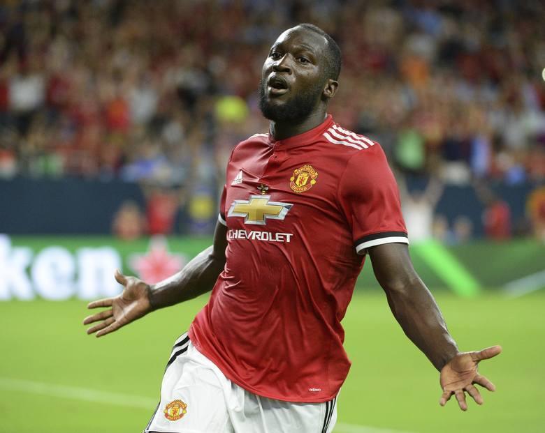Klub: Manchester UnitedNarodowość: BelgiaPozycja: środkowy napastnikWiek: 26 latWzrost: 1,91 cmNastępca Wayne'a Rooneya w ekipie Czerwonych Diabłów.
