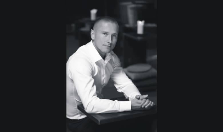 Artur Ligęska z Dębicy, przedsiębiorca związany z branżą fitness. Od roku znajduje się w więzieniu w Zjednoczonych Emiratach Arabskich.