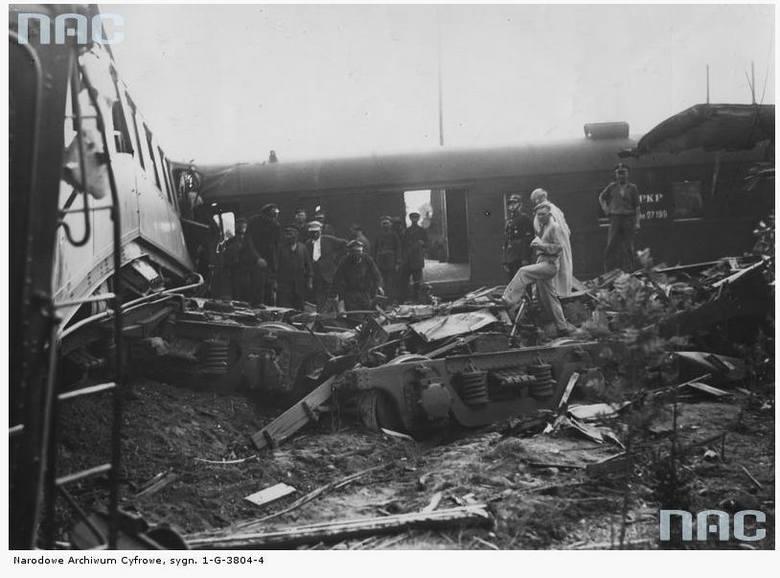 Katastrofa kolejowa pociągu Warszawa-Poznań na stacji w Gułtowach - 1936 rok