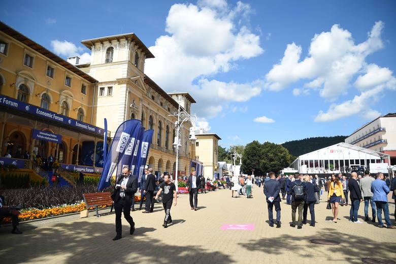 XXIX Forum Ekonomiczne w Krynicy - Zdroju. Sesje plenarne, dziesiątki paneli i tysiące rozmów