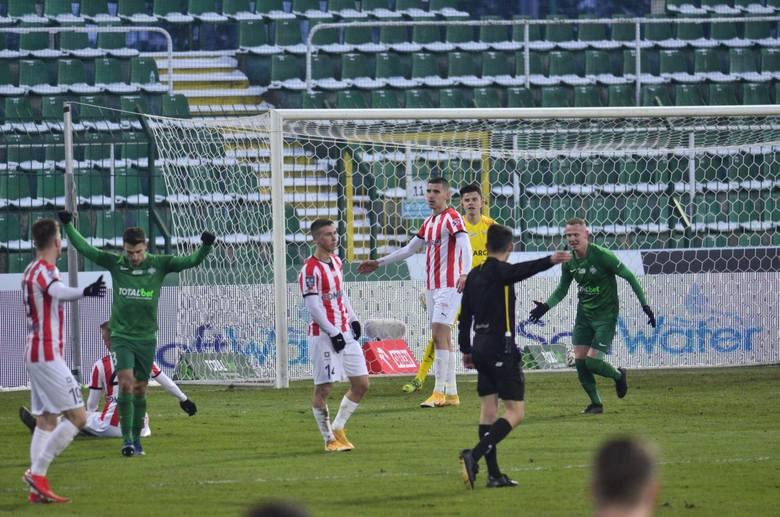 Styczniowy mecz Warta - Cracovia 1:0