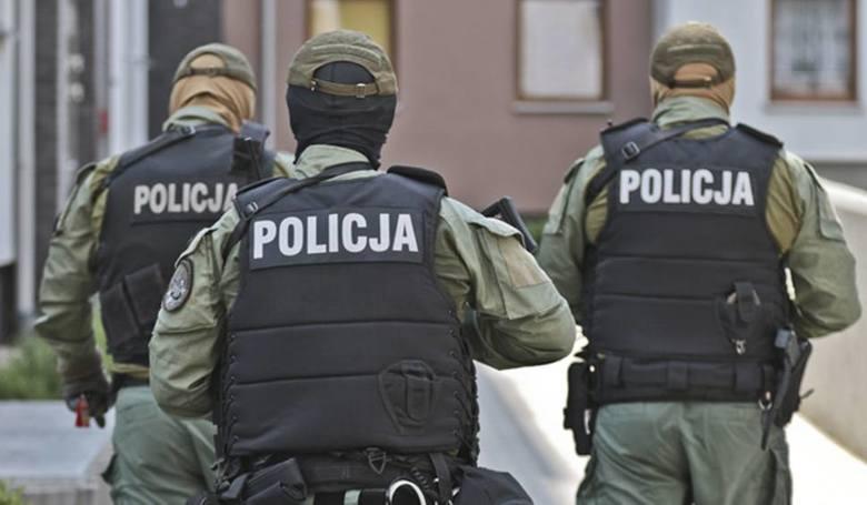 Sceny jak z filmu akcji rozegrały się w Słubicach. Policjanci z opolskiego oddziału SBŚP dostali informację, że przez dawne przejście graniczne będzie