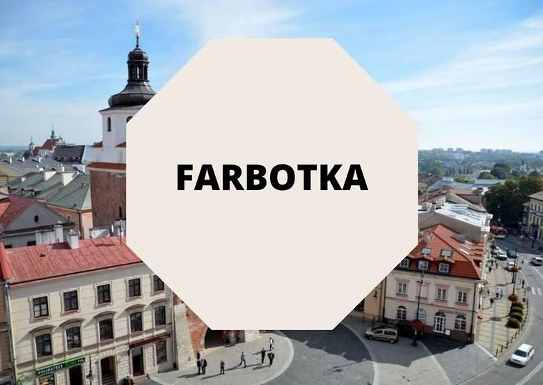 Farbotka powstała w 2011 roku.- Zaczęło się od szycia torebek dla siebie i znajomych, najpierw z ozdabianego tasiemkami i pomponami dżinsu... Zawsze