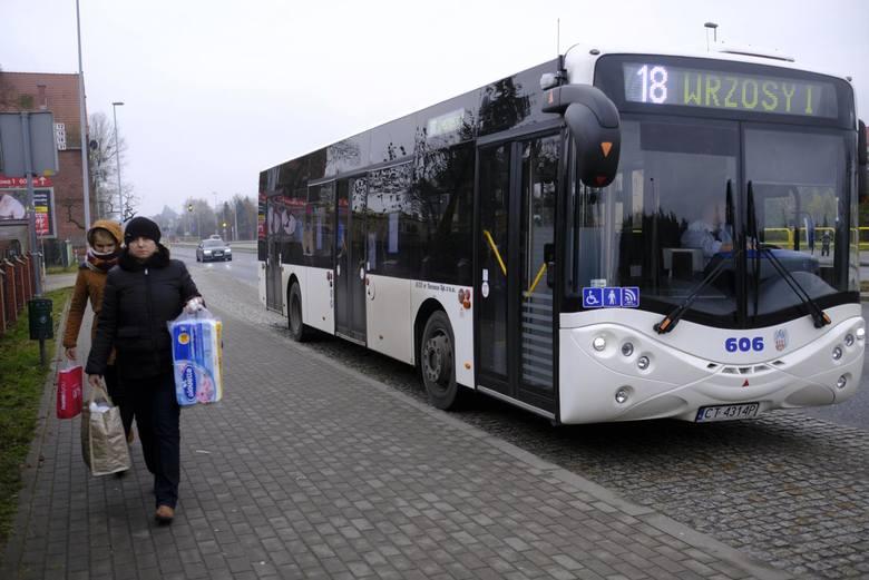 Które linie toruńskiej komunikacji miejskiej są najdłuższe, którymi jeździ najwięcej pasażerów? - przedstawiamy kilka ciekawostek o autobusach i tramwajach
