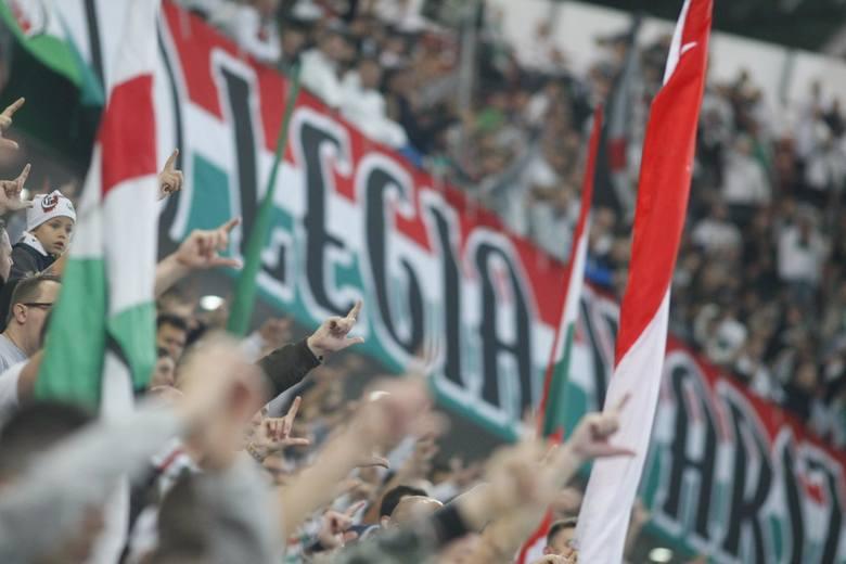 Epidemia koronawirusa spowodowała, że kibice do 30. kolejki PKO Ekstraklasy nie mogli zjawić się na stadionach. Od 19 czerwca obostrzenia będą nieco