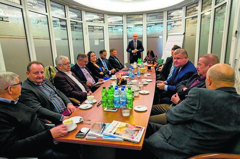 W obradach kapituły (poza przedstawicielami naszej redakcji) udział wzięli: dr Anatoliusz Kopczuk, prorektor WSFiZ, Adam Walicki, prezes Resursy Podlaskiej,