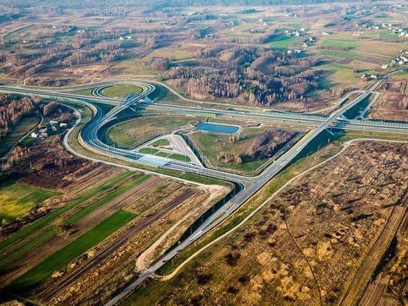 Droga i lotnisko na nowym odcinku A4 Dębica - Tarnów