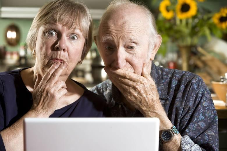 Życzenia dla babci na DZIEŃ BABCI 2018Życzenia dla dziadka na DZIEŃ DZIADKA 2018[Wierszyki, SMS, tradycyjne, śmieszne]Babcie bywają różne,lecz każda