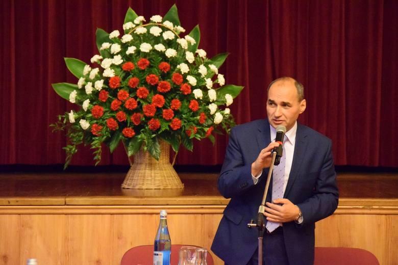 Przewodniczącym rady miejskiej w Oleśnie pozostanie Henryk Kucharczyk, który był zresztą jedynym kandydatem.