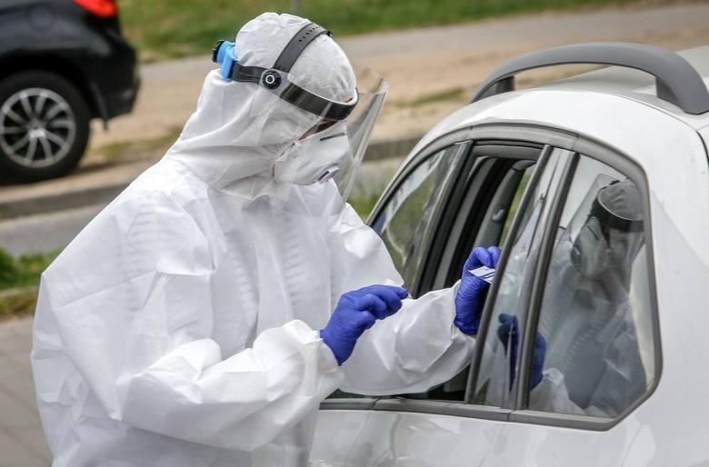 Liczba nowych przypadków zakażeń koronawirusem na Pomorzu w sobotę, 21 listopada wynosi 1 715