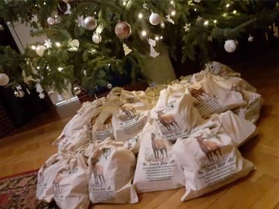 Myśliwi przygotowali też świąteczno-noworoczne paczki dla podopiecznych DPS