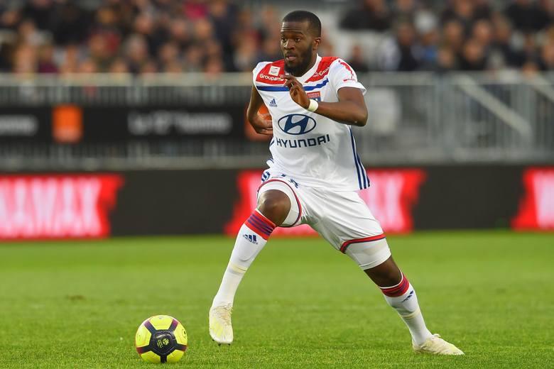 Klub sprzedający: Olympique LyonKlub kupujący: Tottenham HotspurWiek: 22 lataPozycja: środkowy lub defensywny pomocnikKraj: Francja