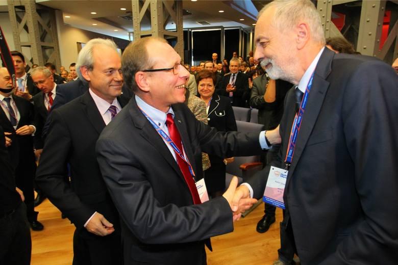 Waldy Dzikowski to były szef wielkopolskiej PO. Obecnym szefem struktur jest Rafał Grupiński. Obu polityków Jacke Jaśkowiak krytykuje za brak aktywn