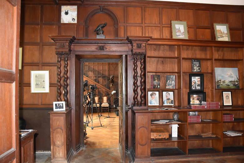 Zamek w Lubniewicach można zwiedzać po uprzednim umówieniu się w Urzędzie Miejskim