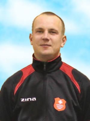 W listopadzie, po ostatnim meczu rundy jesiennej, zarząd klubu podziękował Przemysławowi Laskowi, który prowadził Start od lipca 2017. W Pruchniku znów
