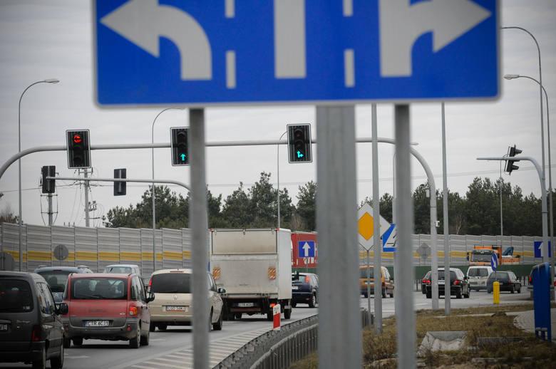 Mają dość pisania petycji, protestów i próśb do Generalnej Dyrekcji Dróg Krajowych i Autostrad o zajęcie się problemem korków na drodze krajowej nr 10