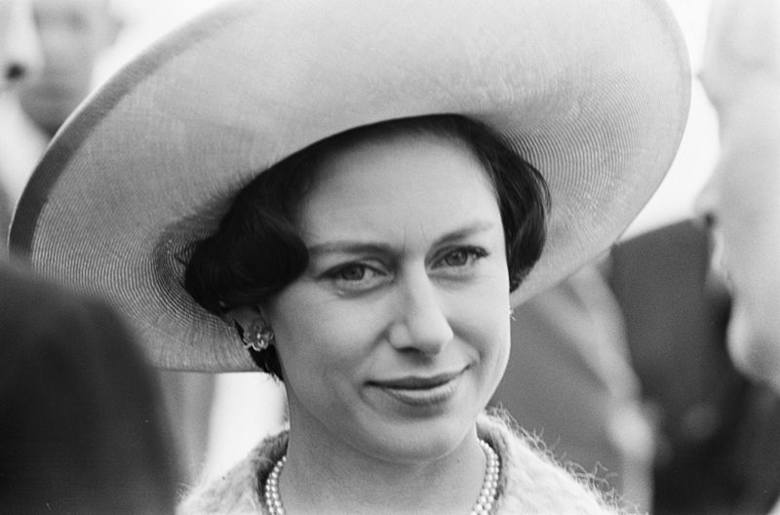 Księżniczka Małgorzata to jedna z bardziej kontrowersyjnych postaci Dworu, ponieważ od urodzenia była typem buntowniczki. Najpierw romansowała z żonatym