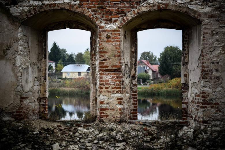 Ruiny zamku w Krupem, na trasie między Chełmem a Krasnymstawem