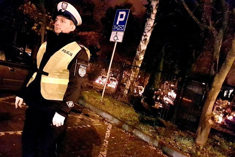 Od sześciu dni lubuscy policjanci zaangażowani są w zapewnienie bezpieczeństwa na drogach wszystkim tym, którzy zdecydowali się odwiedzić groby swoich
