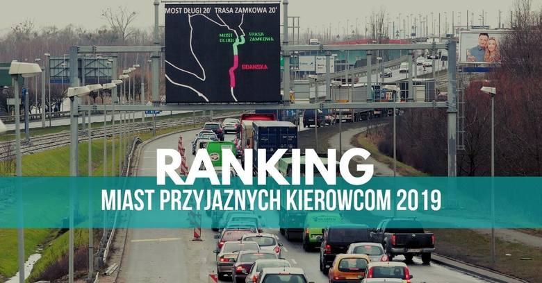 ● Gdzie jest najmniej kolizji?● Gdzie są największe korki?● Gdzie jeździ się najszybciej?● Jak wygląda płatne parkowanie.Zobacz szczegóły odnośnie Szczecina