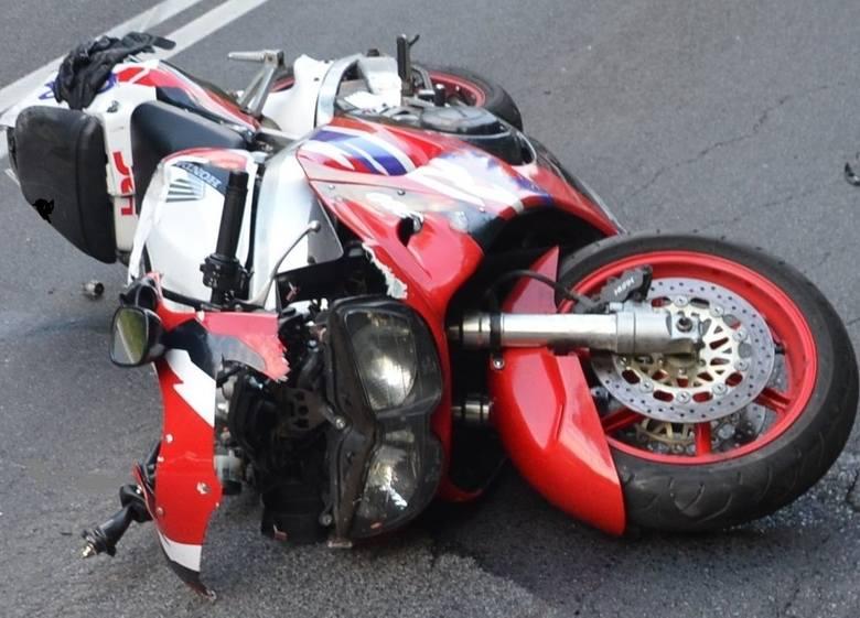 Koszmarny wypadek pod Olkuszem. Bracia jechali na motocyklach, młodszy uderzył w TIR-a na DW 791. Zginął na miejscu ZDJĘCIA